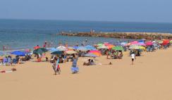 Contratación de 3.000 auxiliares de playa en Andalucía, por 1.900 €/mes 12